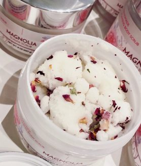 Magnolia Foaming Sugar Scrub